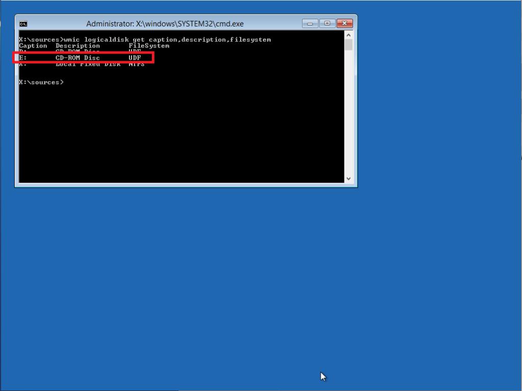 Reset della password dell'utente Administrator in una Virtual Machine Windows Server 2012 R2